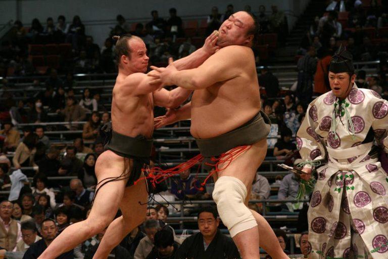 takanoyama-fight-768x512.jpg